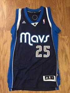 Vince Carter Autographed/Signed Dallas Mavericks (Alternate) Jersey