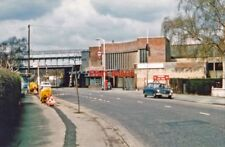 PHOTO  1978 PERIVALE: ENTRANCE TO LONDON UNDERGROUND RAILWAY STATION VIEW NORTHW