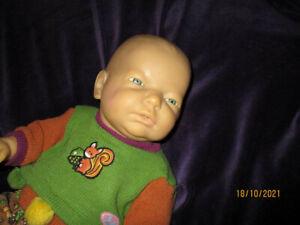 Babypuppe von Zapf, Junge, hübsche Herbstkleidung von Baby born, ca.20 Jahre alt