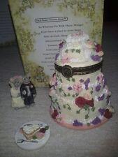 2001 Boyds Bear Forever Love Wedding Cake W/ Bride & Groom Treasure Box