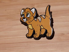 Disney - Oliver  - Oliver and Company - Plastic Lapel Badge