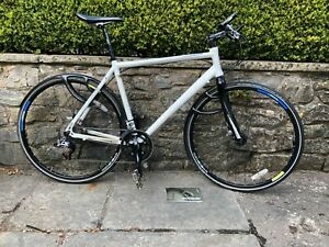Boardman hybrid Bicycle large White in good condition