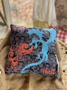 """13"""" How to Train Your Dragon Pillow Gray/Black/Blue Design Glow in Dark"""