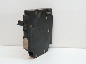 Crouse-Hinds MH120R 20-Amp 1-Pole MH Circuit Breaker 20A 1P 120/240V, Right Hook