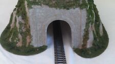 "** C1310 Woodland Scenics Big Straight Tunnel 16.5"" x 26""  HO / 00 Scale"
