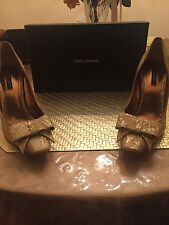 Dolce & Gabbana gold brocade bow accent curved heel pumps 331947542530  (39 1/2)