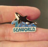 SEAWORLD Whale Orca Ocean Waves Enamel Amusement Park COLLECTOR'S PIN