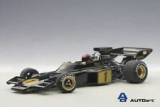 Lotus 72E F1 #1 Season 1973 E.Fittipaldi With Figure Autoart 1:18 AA87328