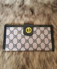 SALE! Authentic Preloved Vintage Gucci Long Wallet