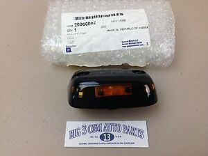 Chevrolet Silverado GMC Sierra 2500/3500 RH LED Roof Marker CAB LIGHT new OEM