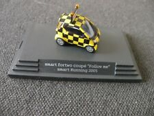 """Smart fortwo coupe """" Follow me """" 1:87, Smart Running 2005, seltenes Modell"""