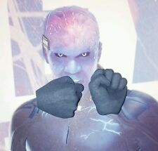 1/6 Hot Toys Electro One Pair of Fists MMS246 US Seller