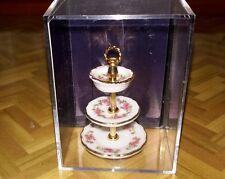 Reutter porzellan dolls house minature  cake stand