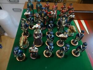 Very nice set of 32 chess pieces in form of pirates