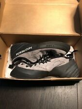 Mad Rock Size 8 Climbing Shoes Unused With Box