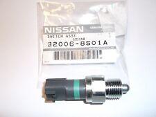 New Genuine Nissan Navara D40 4x4 Gearbox Gear Box Neutral 4WD Switch 320068S01A
