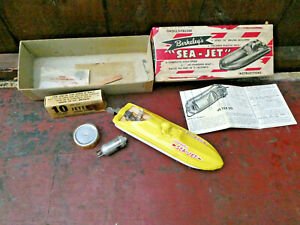 VINTAGE BERKELEY SEA JET PROPELLED MODEL SPEED BOAT COMPLETE NMNT IN BOX