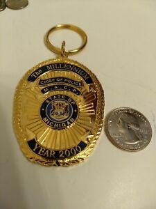 "CUSTOM MICHIGAN ASSOCIATION OF POLICE CHIEFS BADGE CHARM 359/700 2 1/2"""