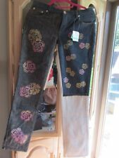 Moschino Blue & White Denim Floral Jeans NWT Size 29 Measures 30 RARE FIND