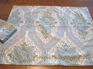 LAURA ASHLEY 100% Cotton Blue/Green Scrollwork/Floral Shams Set  - Standard