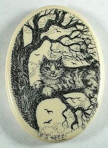 """Artisan Scrimshaw Button Etched & Inked Tabby Tom Cat in a Tree - 1 & 1/4"""""""