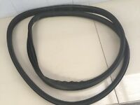 GENUINE RENAULT FLUENCE 2010~on X38 RIGHT FRONT DOOR RUBBER WEATHER SEAL TRIM