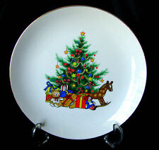 "Papel Customcard Japan 'Happy Holidays' Set of 4 Christmas 8 1/4"" Dessert Plates"