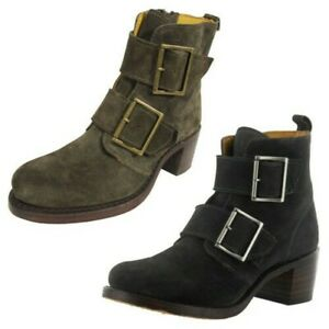 Frye Womens Sabrina Double Buckle Suede Ankle Boots