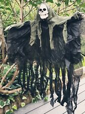 Davies Halloween 4 ft Hanging Hooded Skeleton Decoration