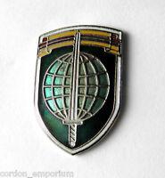 FREEWORLD FORCES FREE WORLD VIETNAM INTERNATIONAL EMBLEM BADGE LAPEL PIN 1 INCH