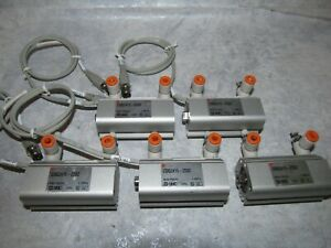 (5) Lot SMC CDQ2A16-25DZ Compact CDQ2 Pneumatic Cylinders/Actuators 25mm Stroke