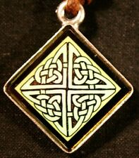 Celtic pendant - Sacred Dance - green