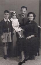 #41005 Greece 1950s. Family. Photo PC size RPPC.