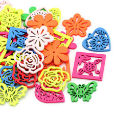 20PCs New Wood Charm Pendants Hollow Square Flower Mixed