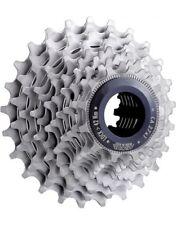 Composants et pièces de vélo en acier
