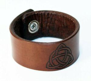 Triquetra - Leather bracelet, leather cuff, Celtic Symbol! Viking symbol!