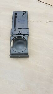 AUDI A2 2000-2005 DASHBOARD DRINKS CUP HOLDER  8Z0862534 B