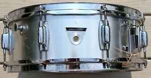 Vintage LUDWIG Standard Snare Drum Late 60s/Early 70s w/ Ludwig roller drum case