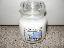 Yankee Candle WHITE CHRISTMAS Medium Jar 14.5 oz Candle RARE Old Style Label