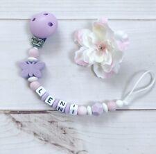 Schnullerkette Nuckelkette aus Silikon mit Namen Wunschname flieder lila rosa