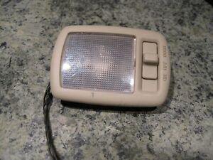 2007 HYUNDAI TUCSON REAR CARGO ROOF DOME LIGHT LAMP OEM TAN