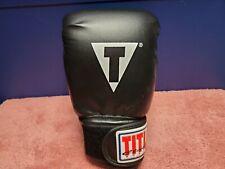 Title Boxing Classic Hook & Loop Vinyl Training Boxing Glove Black/Red 14oz LEFT