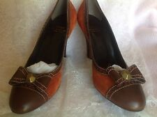 New Moschino Suede Brown And Orange Heels. Size 39.