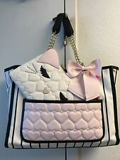 Betsey Johnson Purse Pull Out Cat Pouch Black White Stripe Pink Bow Quilted NEW