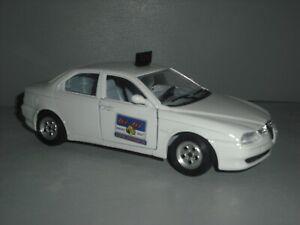 Bburago Alfa Romeo 156 Radio Taxi white 1/24th scale