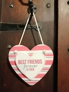WOODEN HANGING SIGN - BEST FRIENDS FOR EVER