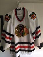 Vintage 1980's CCM Black Hawks Hockey Jersey NHL Maska Adult Medium
