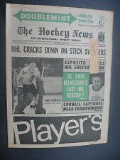 The Hockey News April 3, 1970 Vol.23 No.26 Tony Esposito Delvecchio Apr '70 B