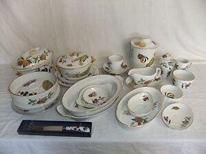 c4 Porcelain Royal Worcester - Evesham (stamped Evesham) gilded tableware - 3D2A