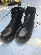 DR MARTENS KIDS BLACK LEATHER LACE AND ZIP BOOTS SIZE 1 VGC